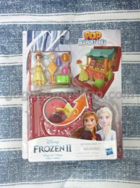 Disney Frozen Pop Adventures Village Set Pop-Up Playset With Handle