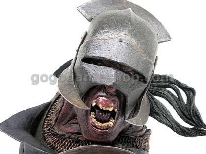 Sideshow Weta The Lord of the Rings Uruk-hai Swordsman Polystone Bust Limited Edition